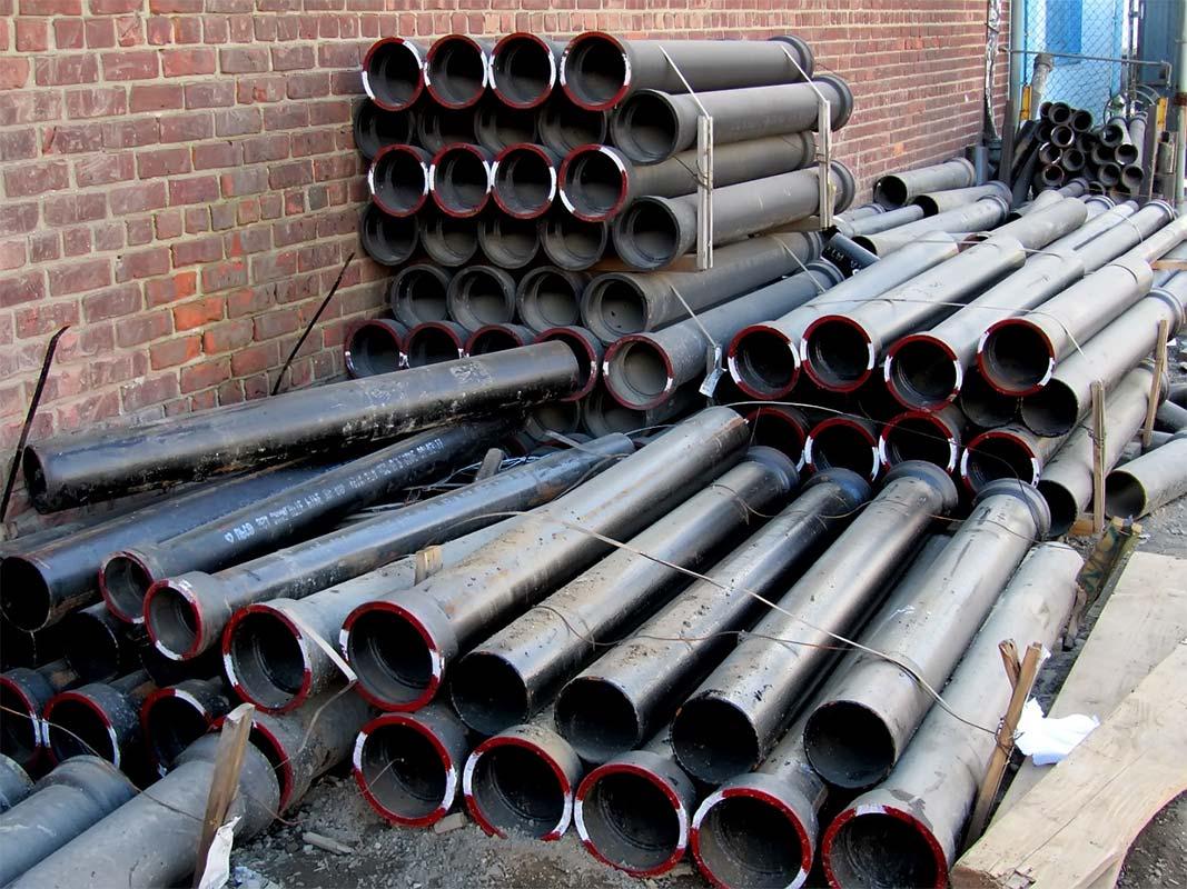 Чугунные трубы внутренней канализации