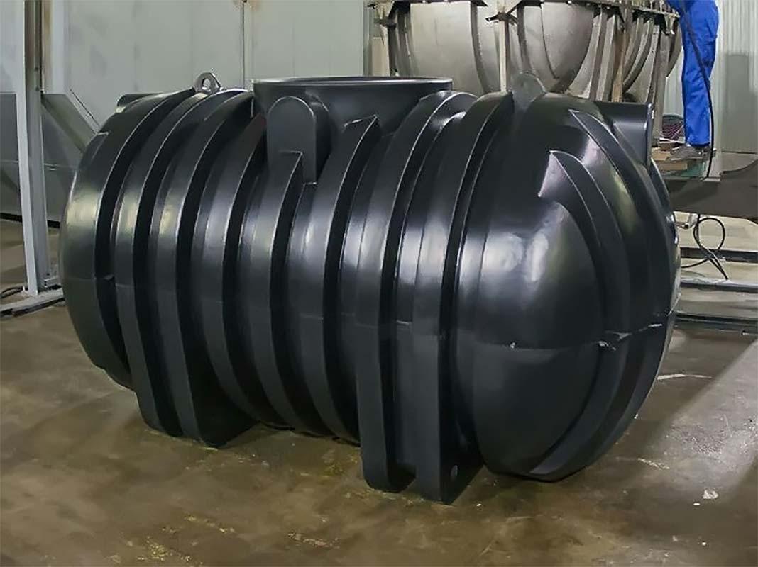 Септик для дачи из черного пластика